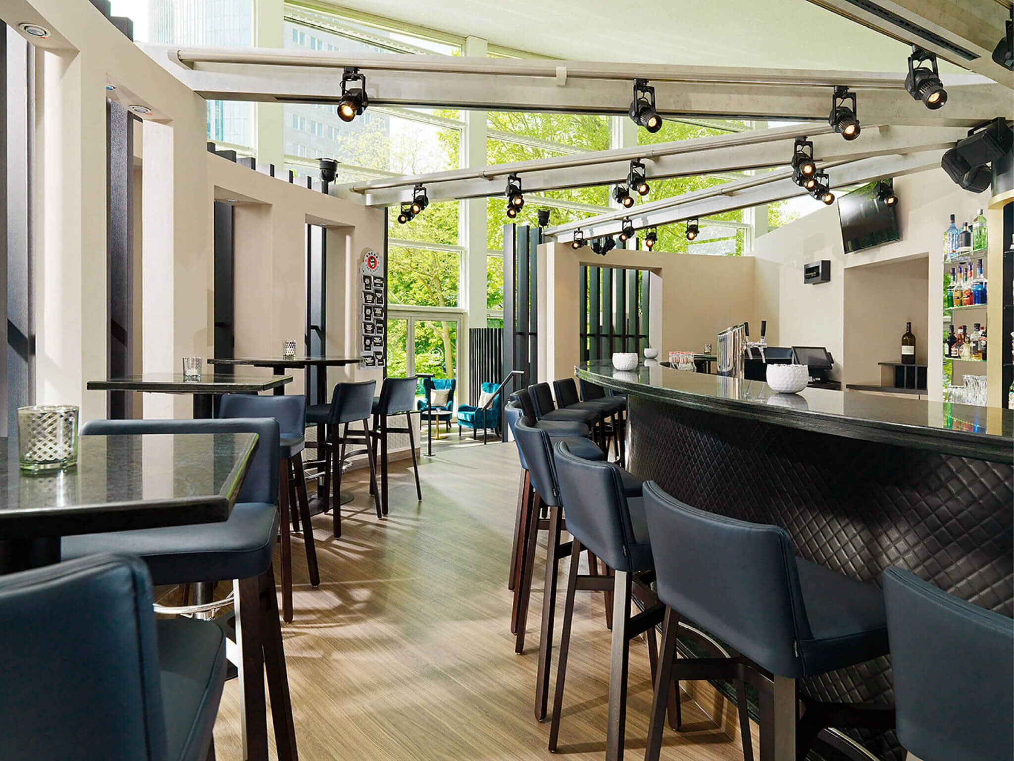 Bar OneEleven - Sheraton Offenbach Hotel
